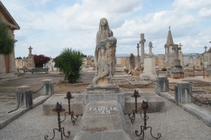 cementeri familia mas