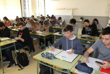 Conveni entre Casio i l'IES Damià Huguet per l'ús de calculadores gràfiques a segon de batxillerat