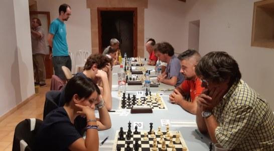 67 escaquistes participen al Torneig Migjorn