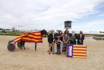 Damià Oliver guanya el Gran Premi Nacional de trot, amb n'Indio